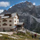 Zsigmondyhütte, 2235m
