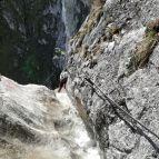 Passage am Wasserfall