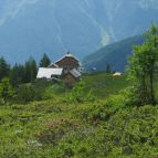 Aufstieg zum Arthur v. Schmid Haus am Dösner See