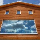 Die Südansicht des neuen Falkensteinhauses mit dem großen Panoramafenster